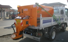 Spreaders , Hydraulic loaded salt spreader
